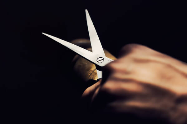 Opening and closing Scissors
